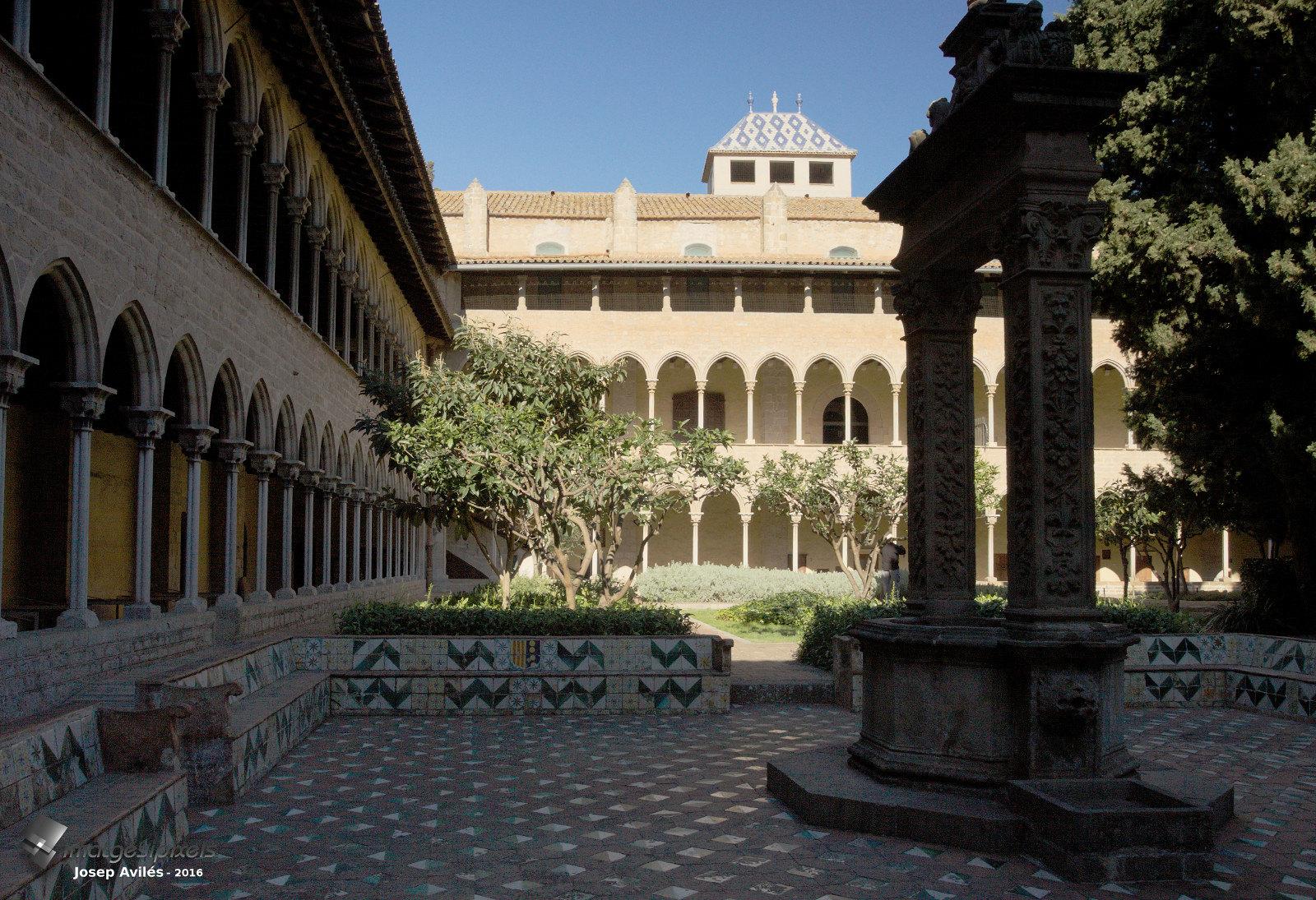 Claustre del Monestir de Pedralbes. Barcelona