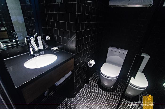 Pentahotel Hong Kong Toilet & Bath