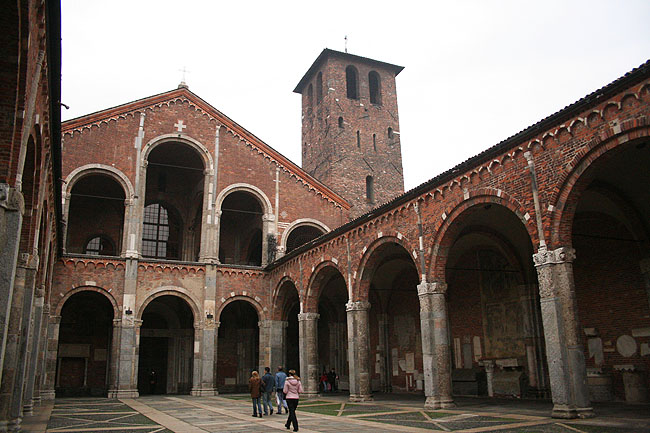 Sant'Ambrogio. © Paco Bellido, 2006