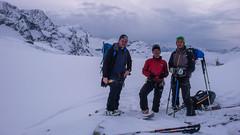Albert, Piotr i Tomek na pod przełączą Passo Marinelli Occidentali, gotowi do zjazdu do schroniska Marinelli Bombardieri