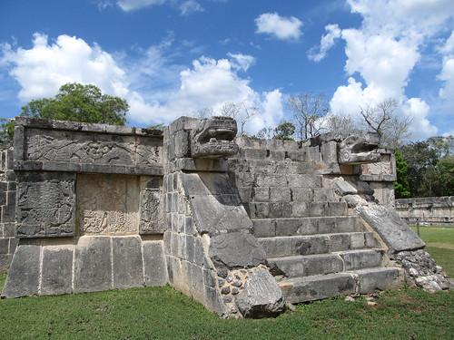 Chichen Itza: la deuxième Plate-forme des Aigles et des Jaguars