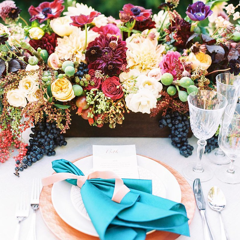 Bright colored wedding #centerpieces | Fab Mood - UK #wedding blog