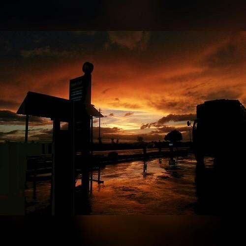 sky sunrise lategram skyviewers uploaded:by=flickstagram kenya365 igkenya seekenya igerske instagram:photo=970105488803686735227669921 instagram:venuename=thikagarissahighway instagram:venue=746765104