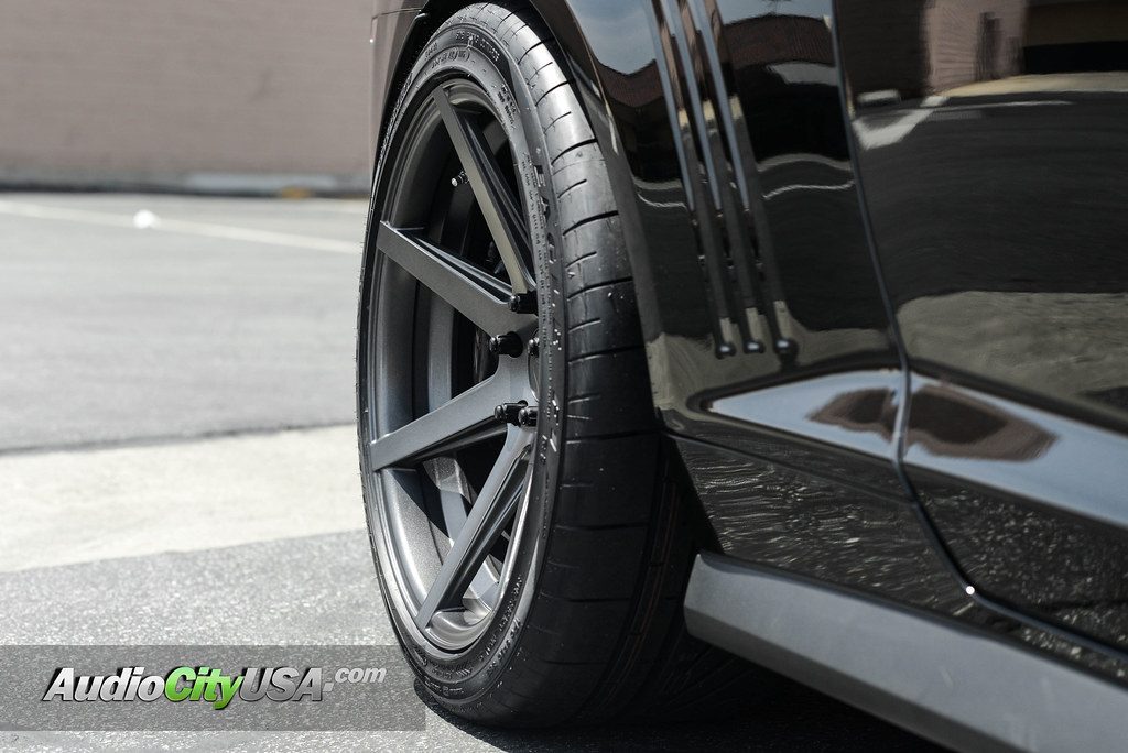2015 Chevy Camaro Zl1 20 Quot Rohana Wheels Rc 7 Goodyear