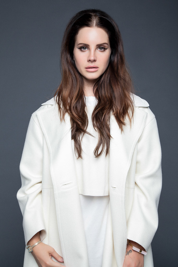 Лана Дель Рей — Фотосессия для «Nylon» ES 2015 – 18