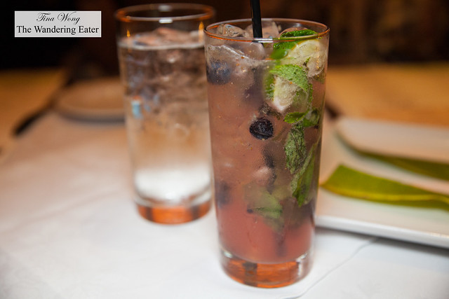 Blueberry mojito (non-alcoholic)
