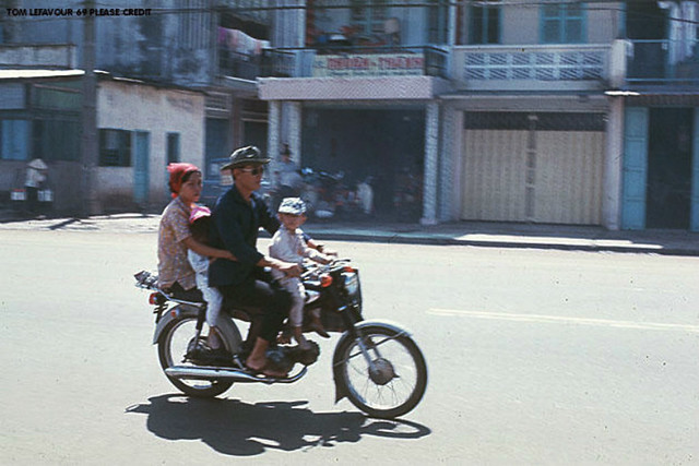 Saigon 1969 - Family SUV