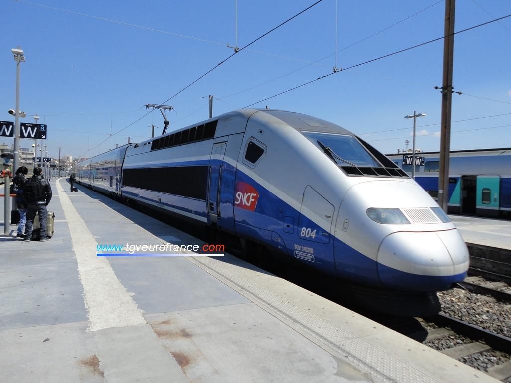 La rame TGV Euroduplex 804 en gare de Marseille Saint-Charles