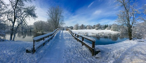 park bridge blue trees winter sky white snow man tree water clouds river landscape ma bluesky national historical concord minuteman minute oldnorthbridge minutemannationalhistorypark