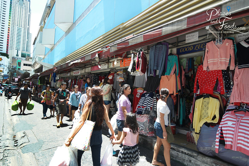 pratunam market alley shops
