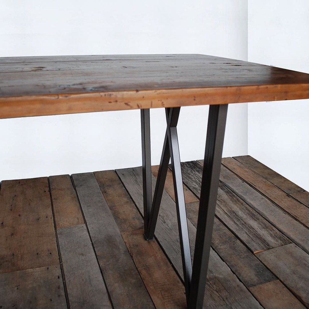 West Loop Reclaimed Wood Table 📐simple And Elegant Hand Welded Steel W  Base And Glossy