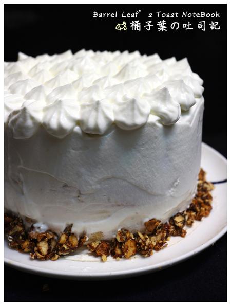 芋泥布丁鮮奶油戚風蛋糕 Chiffon Cake with Cream
