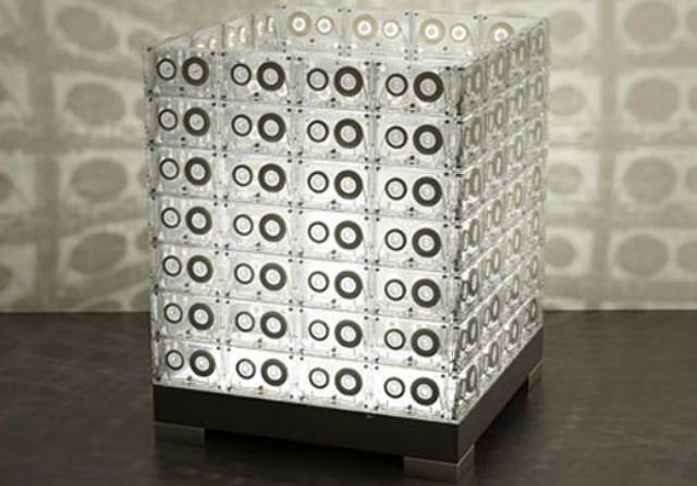 0001cassette-lamp-transparent-house