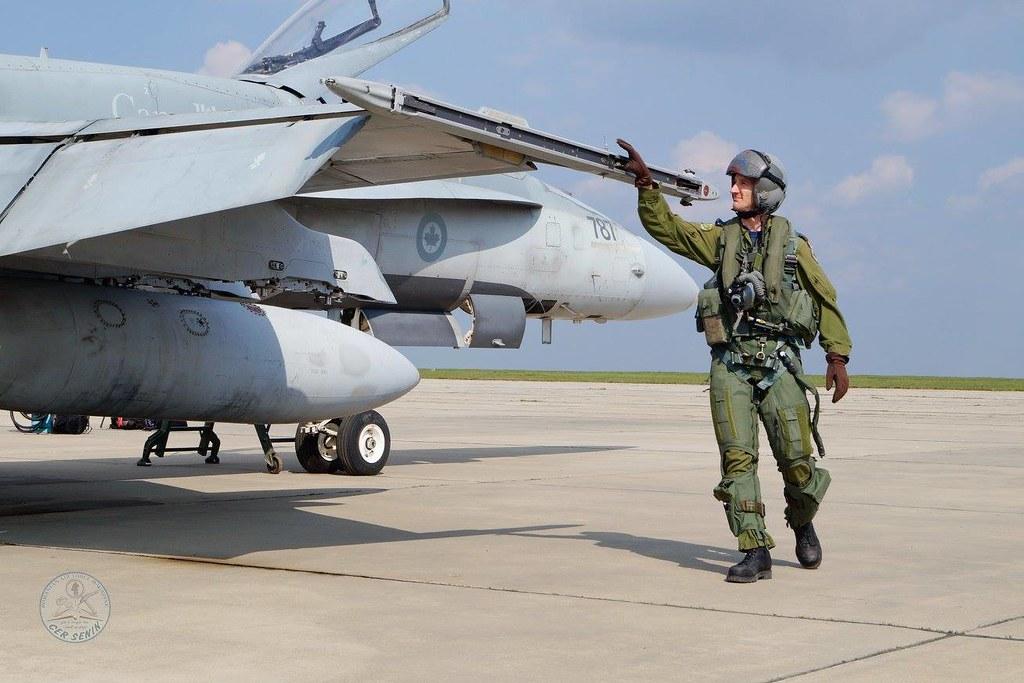 Aspect de la exercițiul bilateral româno-canadian se află în plină desfășurare la Baza militară de la Mihail Kogălnicean (3)