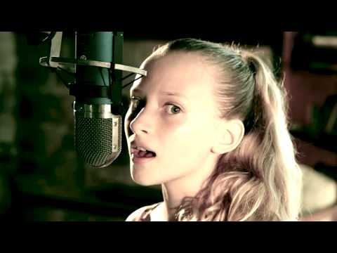 Taylor Swift - Safe and Sound (by Jamie Lou Stenzel)