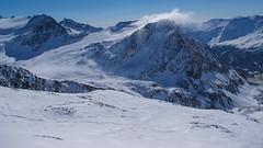 Teren ośrodka narciarskiego Maso Corto, przy schronisku Bella Vista. Widok z  grani.