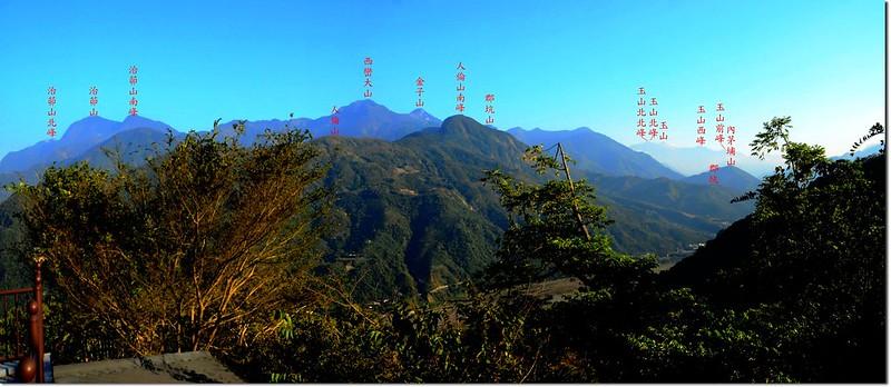 牛轀轆山山頂展望(東-南) 1