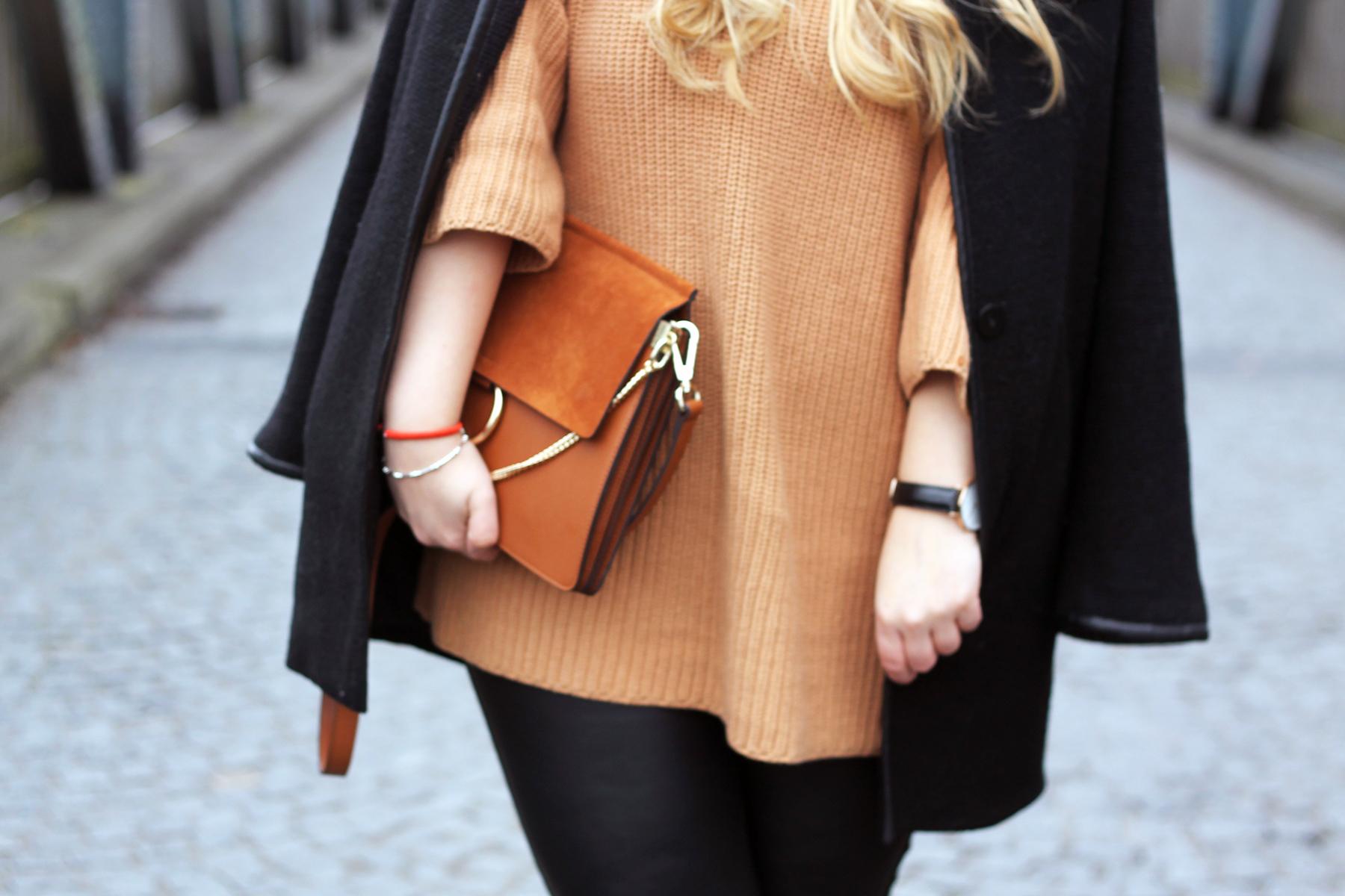 outfit-look-style-modeblog-fashionblog-pullover-strick-lederhose-chloe-faye