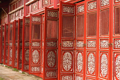 red doors @ Hữu vu