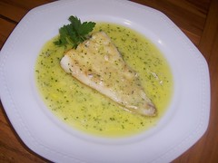 suprema de merluza en salsa verde