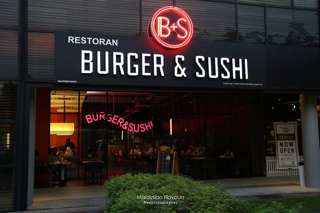Burger & Sushi G Village Desa Pandan
