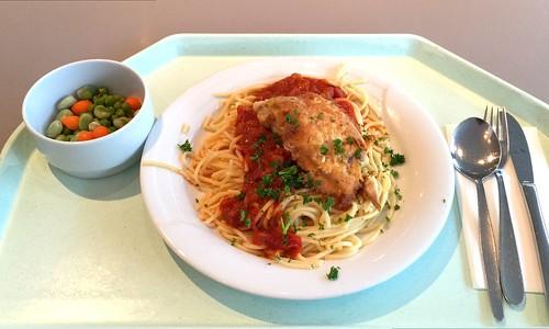 """Coalfish filet """"Picatta Milanese"""" with tomato sauce & spaghetti / Seelachsfilet """"Piccata Milanese"""" mit Tomatensugo & Spaghetti"""