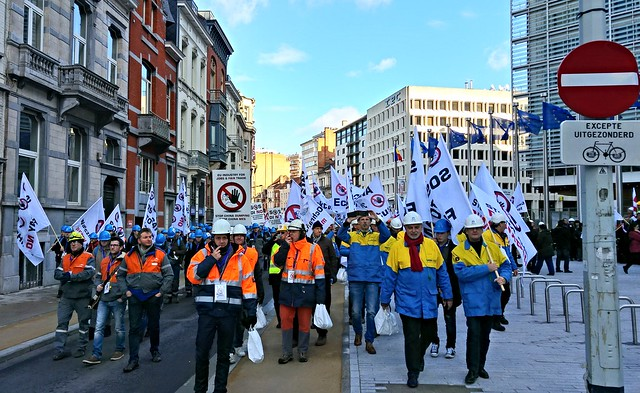 Steelworkers protest in Brussels