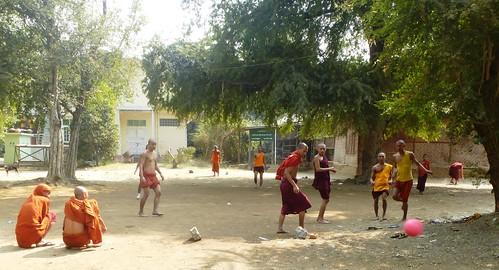 M16-Mandalay-Quartier des moines-Moines (14)