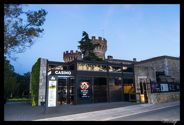 Girona Roses Cadaqués Figueres Peralada - Casino en el Castillo de Peralada