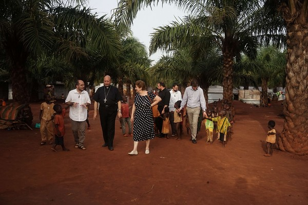 Il Bambino Gesù a Bangui. Un progetto della Fondazione con la nunziatura apostolica