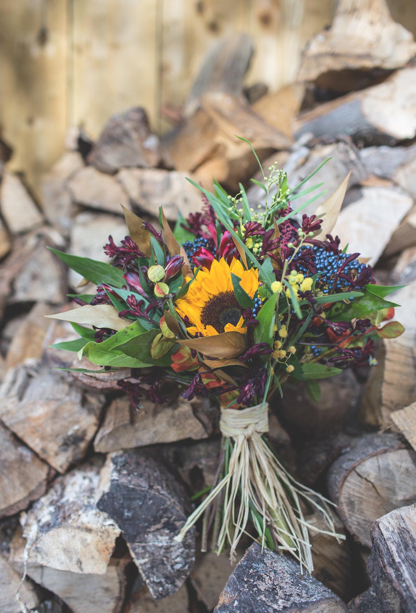 OorFleursofAuchtermuchty, floralbouquet, flowers, pretty, weddingbouquet, krystelcouture,
