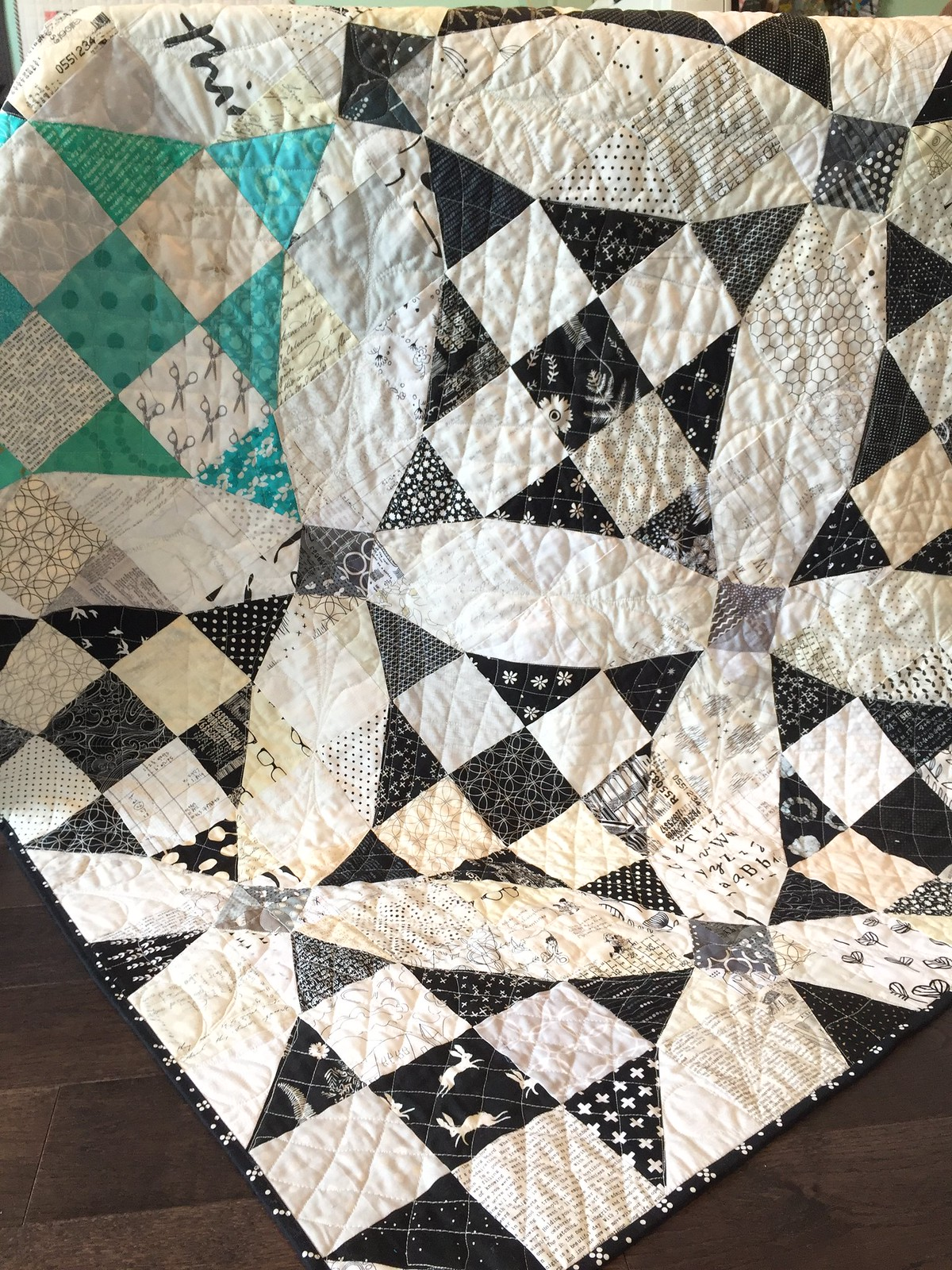 Curves not curves quilt