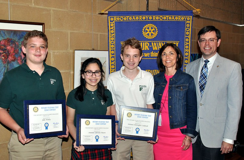 rotary club scholarship essays Judging criteria scholarship applications will be read by a panel of rotarians from the rotary club of omaha in multiple rounds writing & presentation.