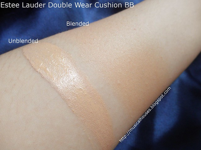 Estee Lauder Double Wear Cushion BB Swatch Bone