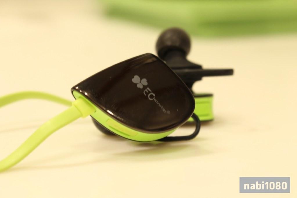 Bluetoothイヤホン02