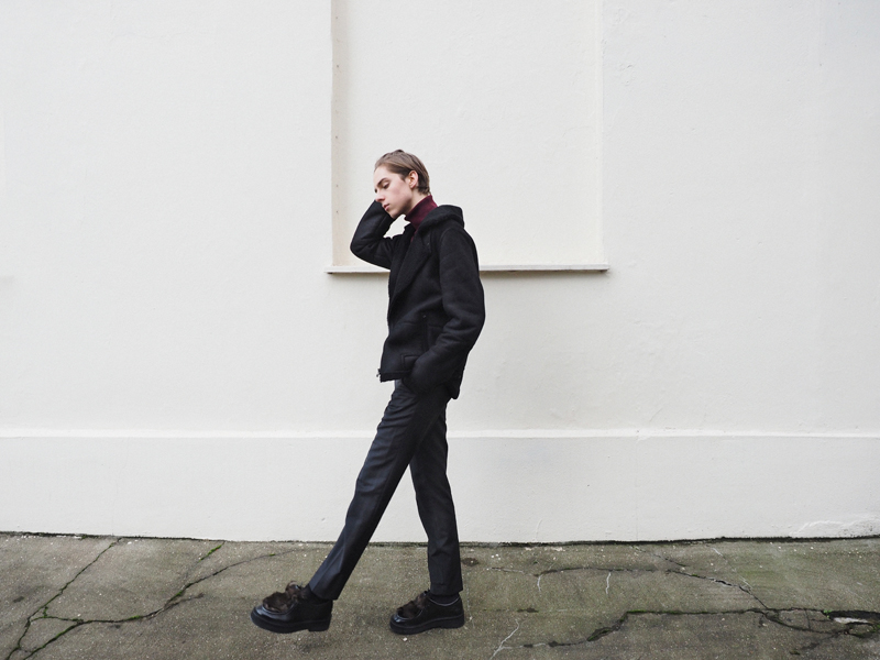 mikkoputtonen_fashionblogger_london_LCM_fashionweek_filippaK_shearlingjacket_turo_kiomi_paulsmith_byron_outfit1_web