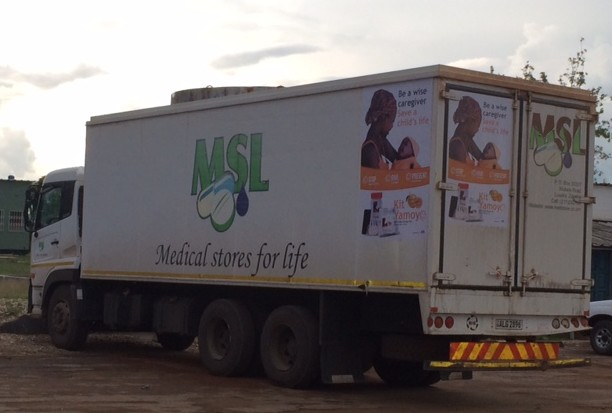 MSL Truck with advert ex Bonnie