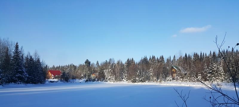 Au Chalet en Bois Rond lake