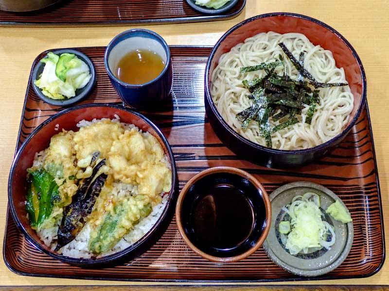 2016年1月8日の昼ご飯