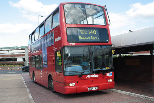 Metroline VP613 LK04UWV