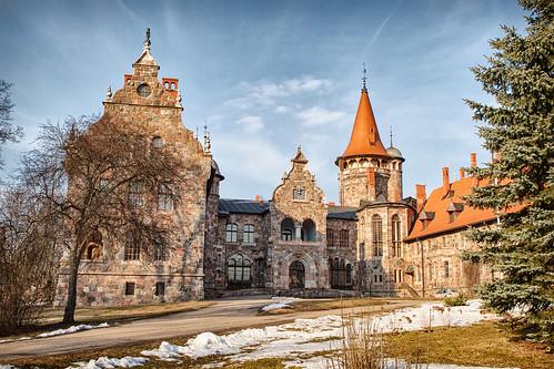 sky sun snow building landscape spring nice day outdoor palace latvia lettland lettonie cesvaine