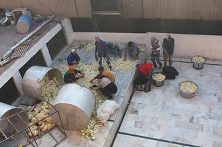20130213_9691-Amritsar-food-preparation_resize