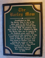 Photo of The Barley Mow, Warrington green plaque