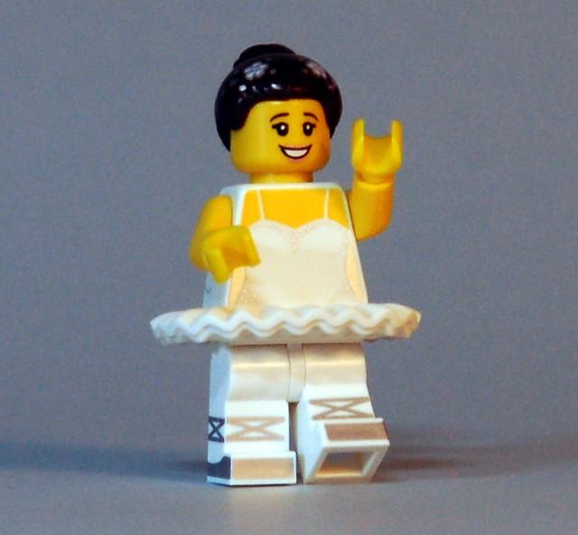 71011 LEGO Minifigures - Series 15 - Ballerina