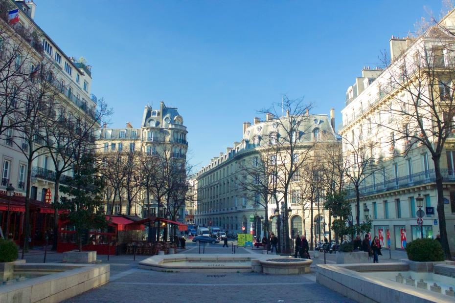 lara-vazquez-madlula-fashionblog-Paris-Place_de-la-sorbone