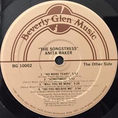 ANITA BAKER:THE SONGSTRESS(LABEL SIDE-B)