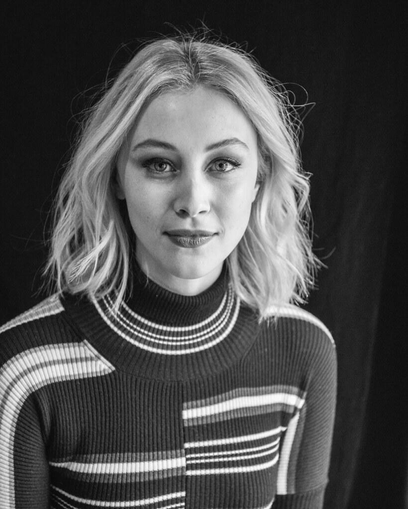 Сара Гадон — Фотосессия для «11.22.63» на «Sundance» 2016 – 2