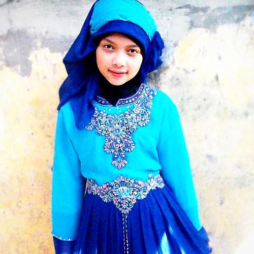 #Rheevaldy for #rheevaldious  This my angel, beautifull sister, so cute  with hijab muslimah,  #Pict #Picture #Pictures #Foto #Photo #Photograph #Photography #Girl #Young #Muslim #Muslimah #Islam #Islamic #Hijab #Jilbab #Gamis #Chiffon #Blue #BlueSky #Ang