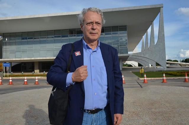 Para Frei Betto, governos progressistas da região erraram em não politizar o povo - Créditos: José Cruz/Agência Brasil