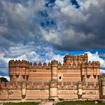 Segovia: el castillo de Coca, un reflejo de Eternidad
